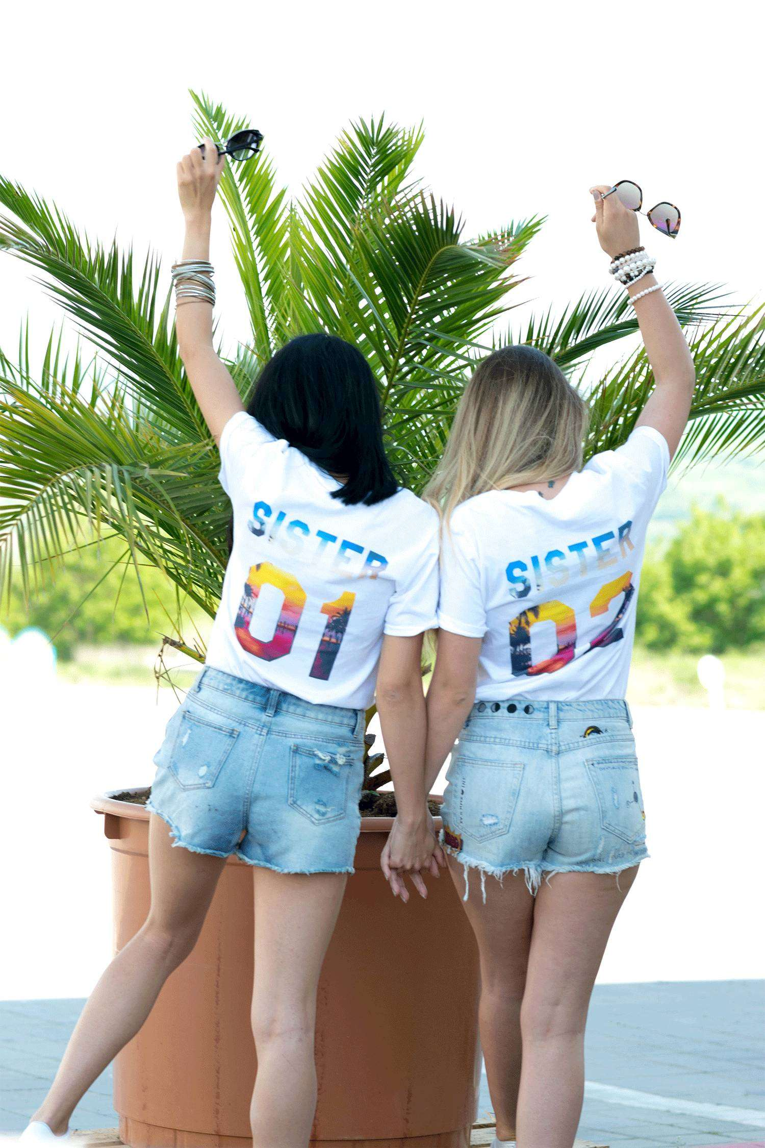 lookbook-3_0006_epic-tees-besties-light-retouch-0386
