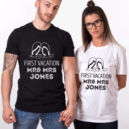 first-vacation-as-mr-mrs-jones_0000_group-1